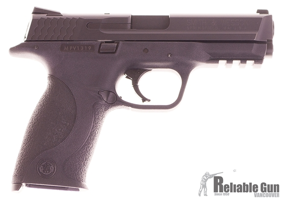Picture of Used Smith and Wesson M&P40 Semi Auto Pistol, 40 S&W, Very Good Condition, 4 Mags, Original Box.